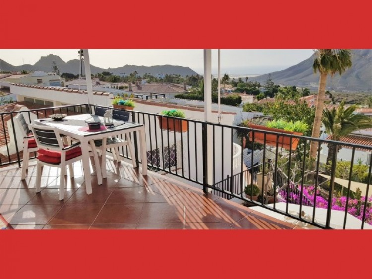 3 Bed  Villa/House for Sale, Los Cristianos, Tenerife - CS-40 2