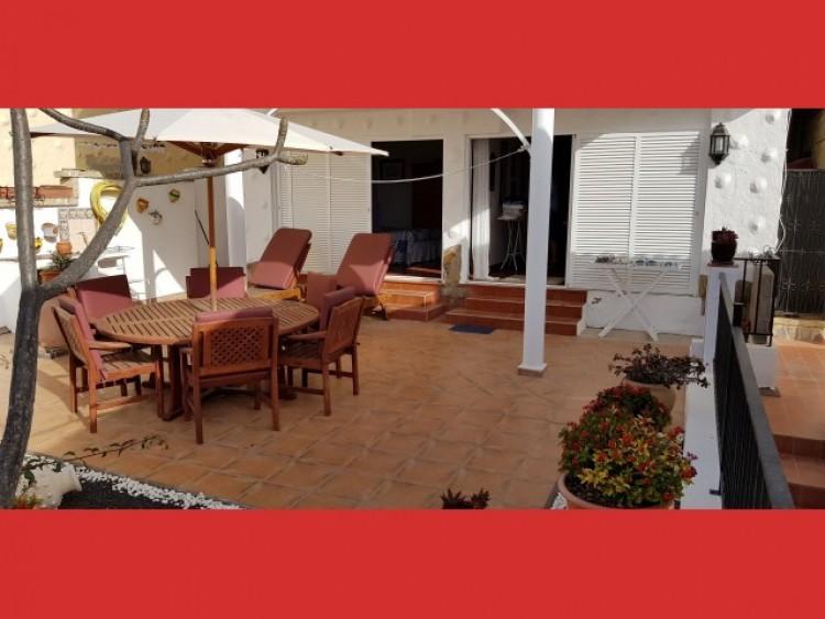 3 Bed  Villa/House for Sale, Los Cristianos, Tenerife - CS-40 4