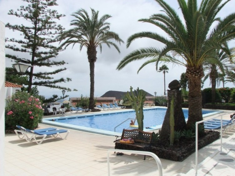 3 Bed  Villa/House for Sale, Los Cristianos, Tenerife - CS-40 5