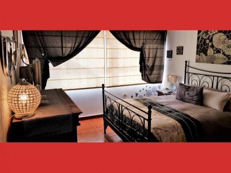 3 Bed  Villa/House for Sale, Los Cristianos, Tenerife - CS-40 6