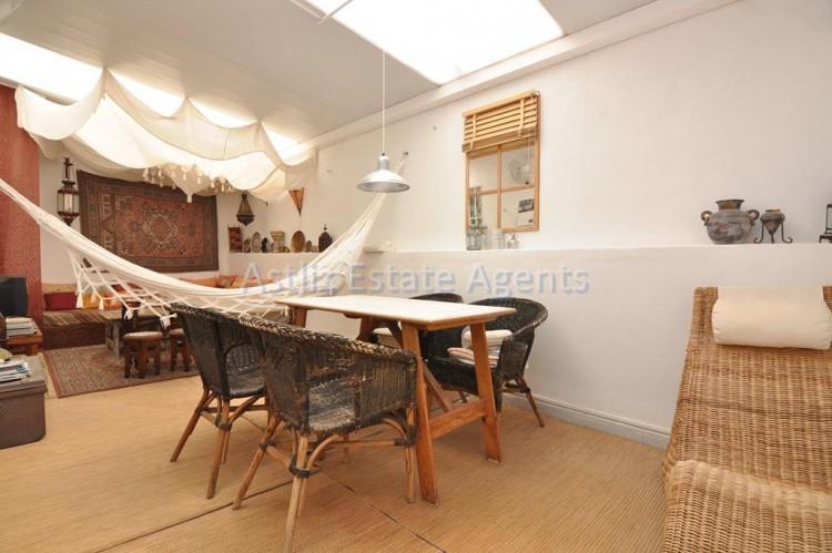 3 Bed  Villa/House for Sale, Piedra Hincada, Guia De Isora, Tenerife - AZ-1328 12