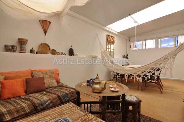 3 Bed  Villa/House for Sale, Piedra Hincada, Guia De Isora, Tenerife - AZ-1328 14