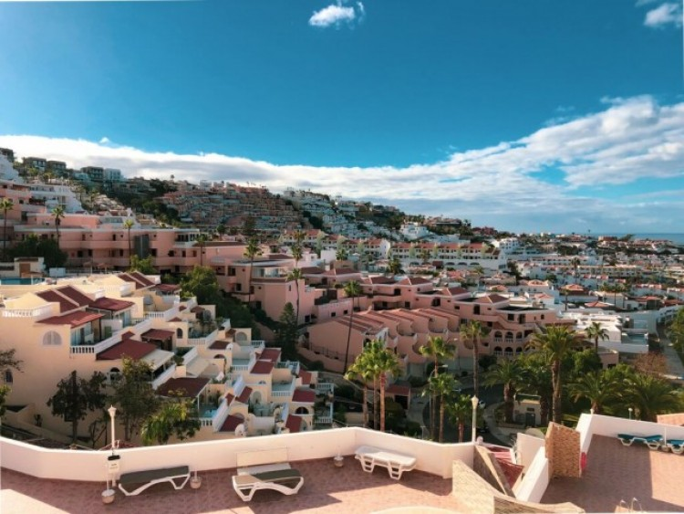 3 Bed  Villa/House for Sale, San Eugenio Alto, Tenerife - CS-42 1
