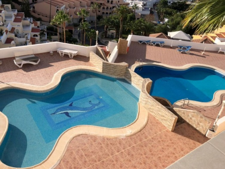 3 Bed  Villa/House for Sale, San Eugenio Alto, Tenerife - CS-42 2