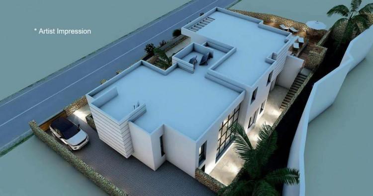 4 Bed  Villa/House for Sale, Puerto Del Carmen, Lanzarote - LA-LA856s 4