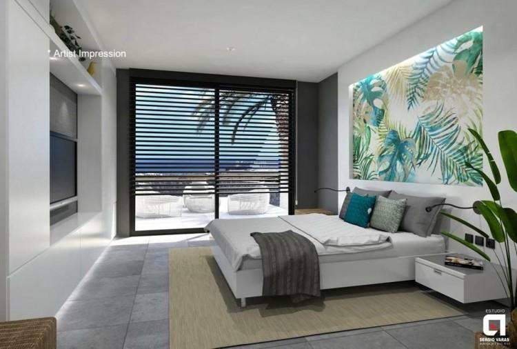 4 Bed  Villa/House for Sale, Puerto Del Carmen, Lanzarote - LA-LA856s 6