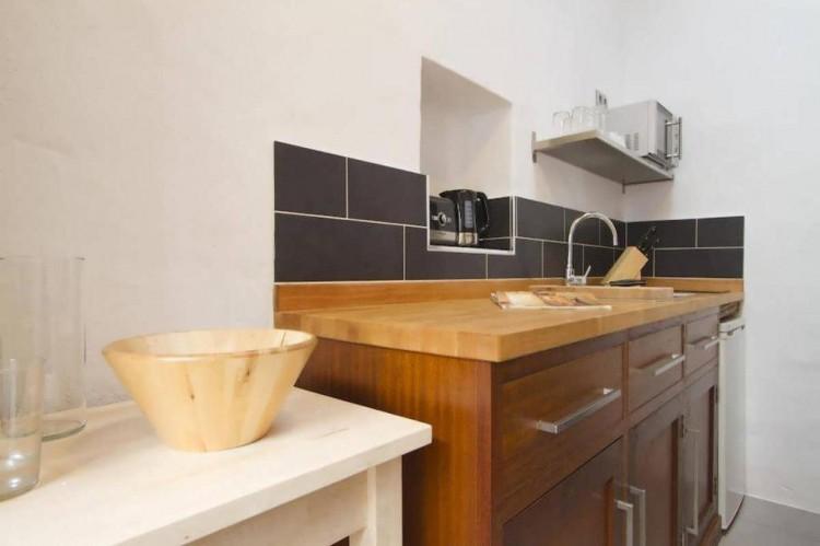 6 Bed  Villa/House for Sale, Teguise, Lanzarote - LA-LA858s 9