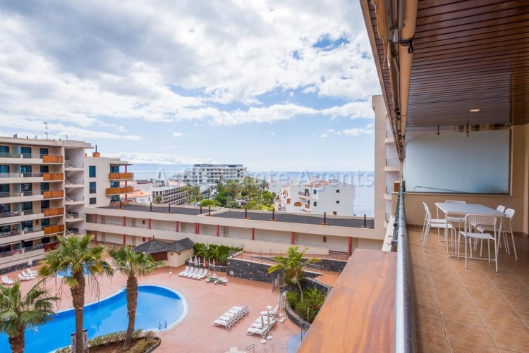 2 Bed  Flat / Apartment for Sale, Puerto De Santiago, Saniago Del Teide, Tenerife - AZ-1333 1