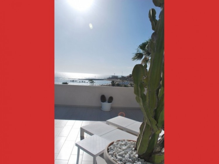 2 Bed  Flat / Apartment for Sale, Los Cristianos, Tenerife - CS-56 1