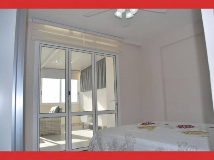 2 Bed  Flat / Apartment for Sale, Los Cristianos, Tenerife - CS-56 18