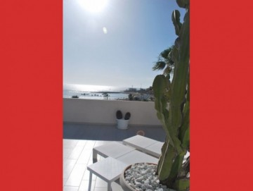 2 Bed  Flat / Apartment for Sale, Los Cristianos, Tenerife - CS-56