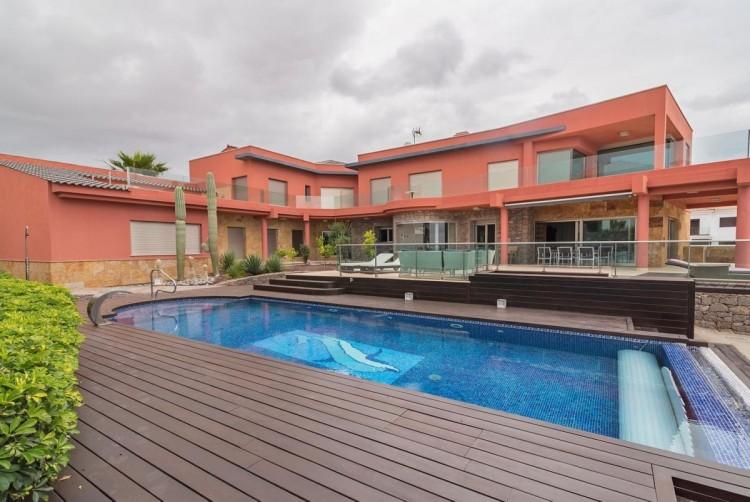 6 Bed  Villa/House for Sale, San Bartolome de Tirajana, LAS PALMAS, Gran Canaria - BH-8814-ARA-2912 1
