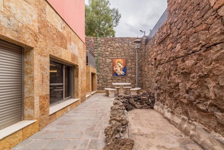 6 Bed  Villa/House for Sale, San Bartolome de Tirajana, LAS PALMAS, Gran Canaria - BH-8814-ARA-2912 10