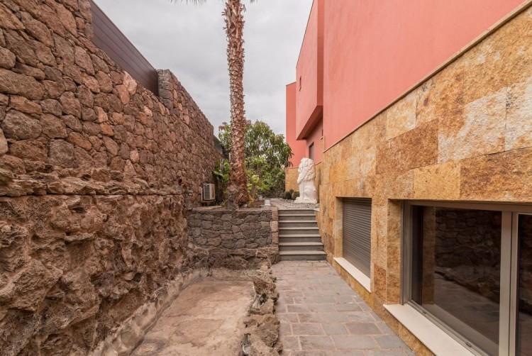 6 Bed  Villa/House for Sale, San Bartolome de Tirajana, LAS PALMAS, Gran Canaria - BH-8814-ARA-2912 11