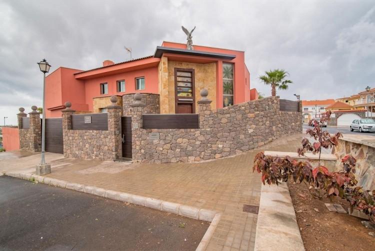 6 Bed  Villa/House for Sale, San Bartolome de Tirajana, LAS PALMAS, Gran Canaria - BH-8814-ARA-2912 5