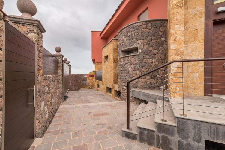 6 Bed  Villa/House for Sale, San Bartolome de Tirajana, LAS PALMAS, Gran Canaria - BH-8814-ARA-2912 7