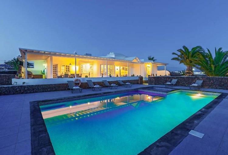 4 Bed  Villa/House for Sale, Macher, Lanzarote - LA-LA861s 1