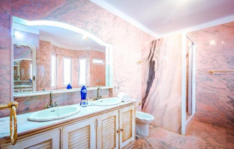4 Bed  Villa/House for Sale, Macher, Lanzarote - LA-LA861s 8
