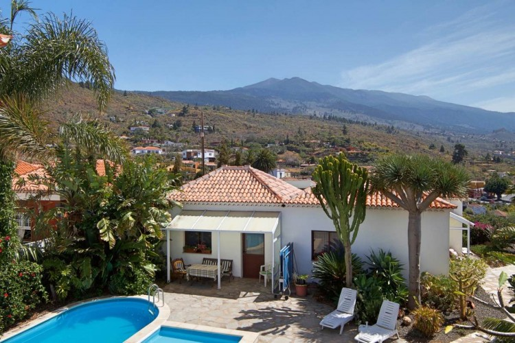 6 Bed  Villa/House for Sale, Tajuya, El Paso, La Palma - LP-E613 4