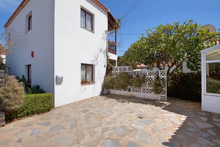 6 Bed  Villa/House for Sale, Tajuya, El Paso, La Palma - LP-E613 7