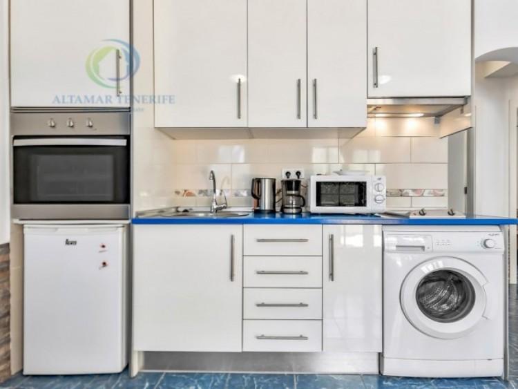 2 Bed  Flat / Apartment for Sale, Playa Fañabé, Tenerife - CS-63 6