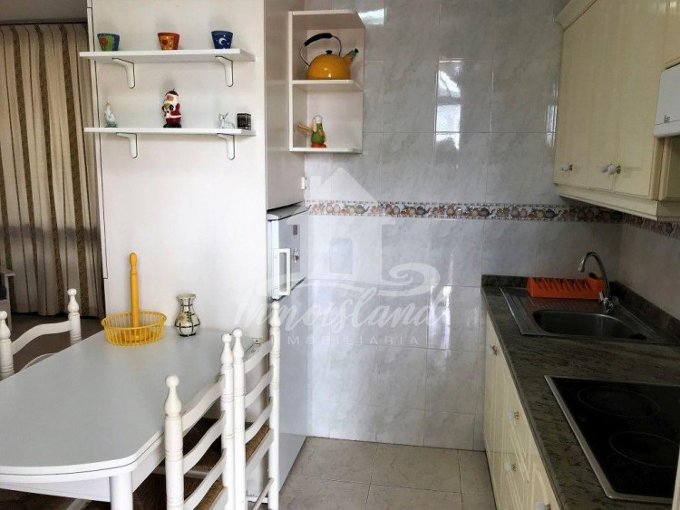 1 Bed  Flat / Apartment for Sale, Costa del Silencio, Santa Cruz de Tenerife, Tenerife - IN-302 10