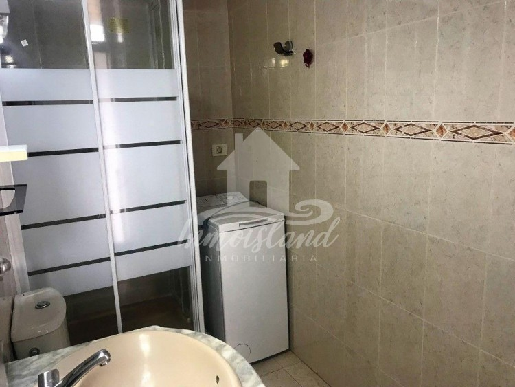 1 Bed  Flat / Apartment for Sale, Costa del Silencio, Santa Cruz de Tenerife, Tenerife - IN-302 11