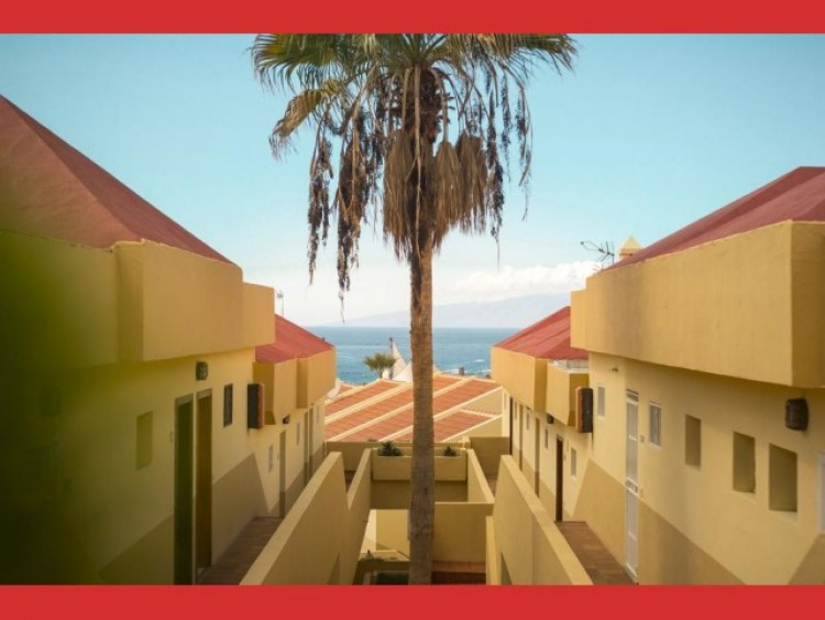 2 Bed  Flat / Apartment for Sale, Adeje, Tenerife - CS-79 4