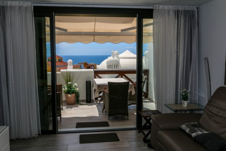 2 Bed  Flat / Apartment for Sale, playa paraiso, Tenerife - YL-PW101 2