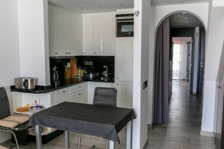2 Bed  Flat / Apartment for Sale, playa paraiso, Tenerife - YL-PW101 5