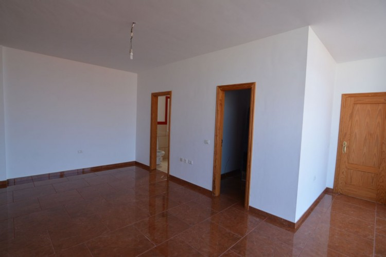 4 Bed  Villa/House for Sale, Playa Paraiso, Santa Cruz de Tenerife, Tenerife - DH-VPTCHPPCPROM_4-19 15