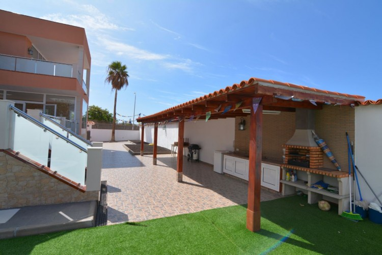 4 Bed  Villa/House for Sale, Playa Paraiso, Santa Cruz de Tenerife, Tenerife - DH-VPTCHPPCPROM_4-19 9