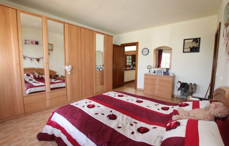 3 Bed  Villa/House for Sale, Guime, Lanzarote - LA-LA864s 6