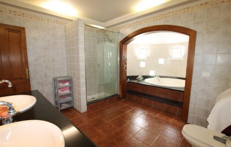 3 Bed  Villa/House for Sale, Guime, Lanzarote - LA-LA864s 8