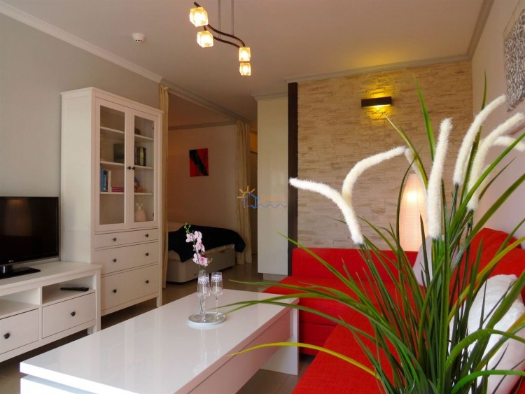 1 Bed  Flat / Apartment for Sale, SAN BARTOLOME DE TIRAJANA, Las Palmas, Gran Canaria - MA-P-206 1