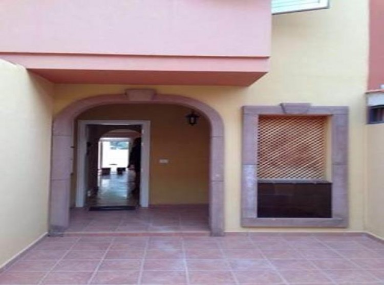3 Bed  Villa/House for Sale, Torviscas, Tenerife - PG-D1788 10