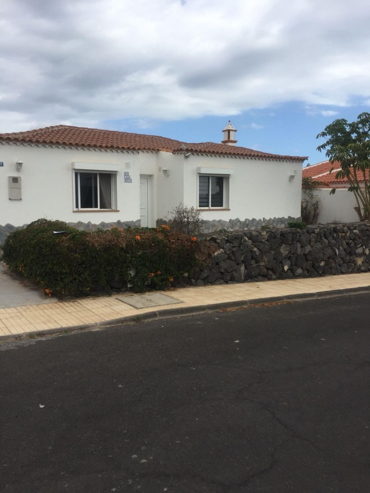 2 Bed  Villa/House for Sale, Amarilla Golf, Tenerife - PG-C1796 1