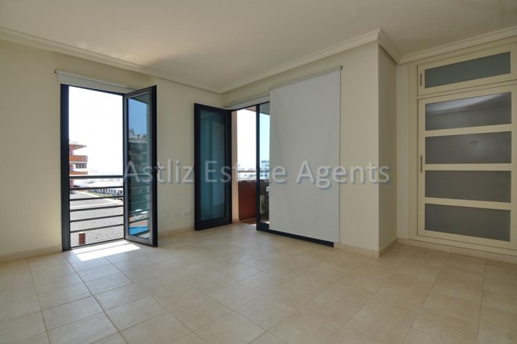 3 Bed  Flat / Apartment for Sale, Puerto De Santiago, Santiago Del Teide, Tenerife - AZ-1039 12