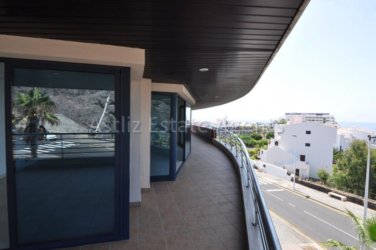 3 Bed  Flat / Apartment for Sale, Puerto De Santiago, Santiago Del Teide, Tenerife - AZ-1039 18