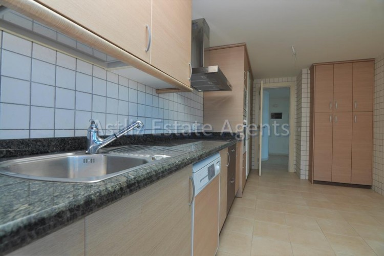 3 Bed  Flat / Apartment for Sale, Puerto De Santiago, Santiago Del Teide, Tenerife - AZ-1039 3