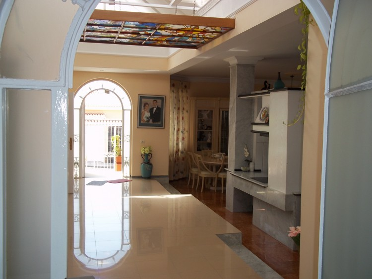 4 Bed  Villa/House for Sale, Playa De La Arena, Santiago Del Teide, Tenerife - AZ-1042 16