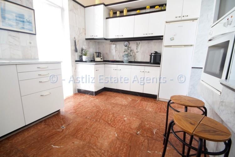 4 Bed  Villa/House for Sale, Playa De La Arena, Santiago Del Teide, Tenerife - AZ-1042 3