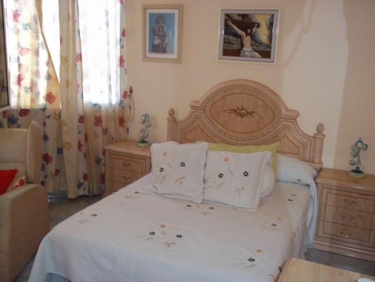 4 Bed  Villa/House for Sale, Playa De La Arena, Santiago Del Teide, Tenerife - AZ-1042 6