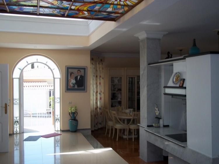 4 Bed  Villa/House for Sale, Playa De La Arena, Santiago Del Teide, Tenerife - AZ-1042 8