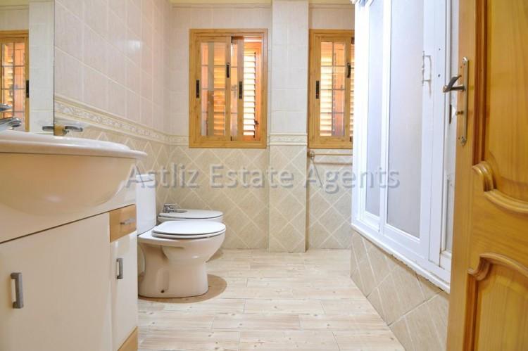 5 Bed  Villa/House for Sale, Playa De La Arena, Santiago Del Teide, Tenerife - AZ-1046 15
