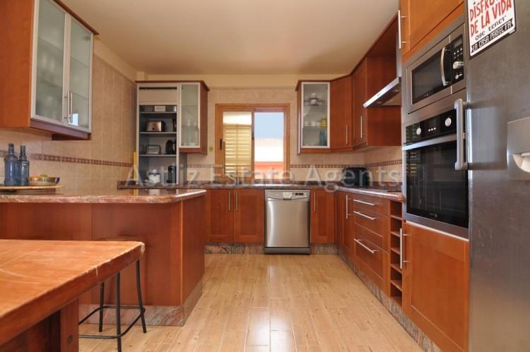 5 Bed  Villa/House for Sale, Playa De La Arena, Santiago Del Teide, Tenerife - AZ-1046 18