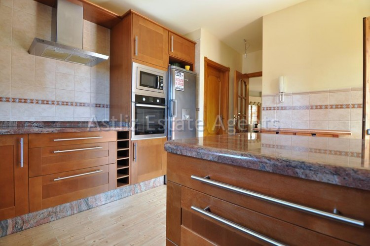 5 Bed  Villa/House for Sale, Playa De La Arena, Santiago Del Teide, Tenerife - AZ-1046 3