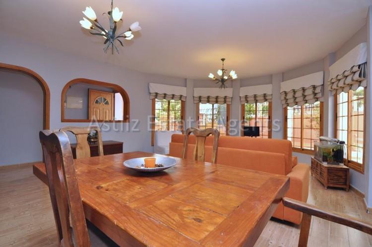 5 Bed  Villa/House for Sale, Playa De La Arena, Santiago Del Teide, Tenerife - AZ-1046 5