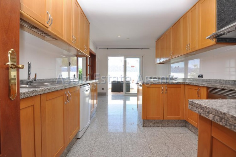 4 Bed  Villa/House for Sale, Playa De La Arena, Santiago Del Teide, Tenerife - AZ-1047 10