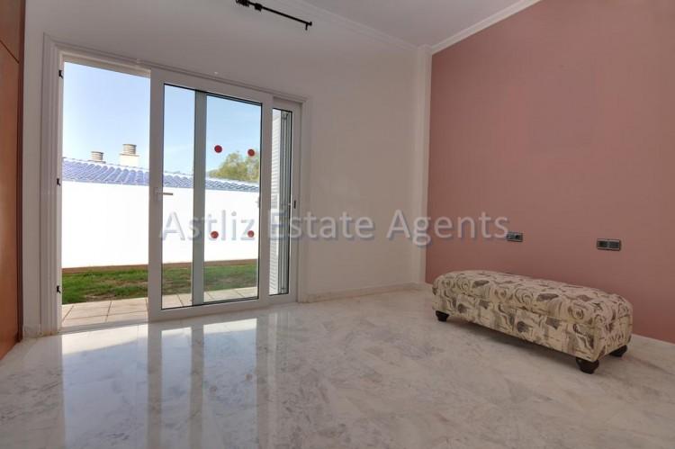 4 Bed  Villa/House for Sale, Playa De La Arena, Santiago Del Teide, Tenerife - AZ-1047 7